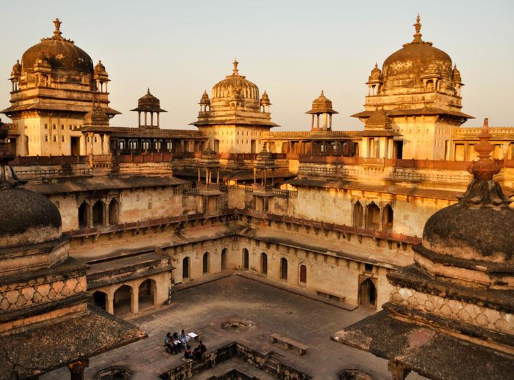 Sheesh Mahal in Orchha Fort