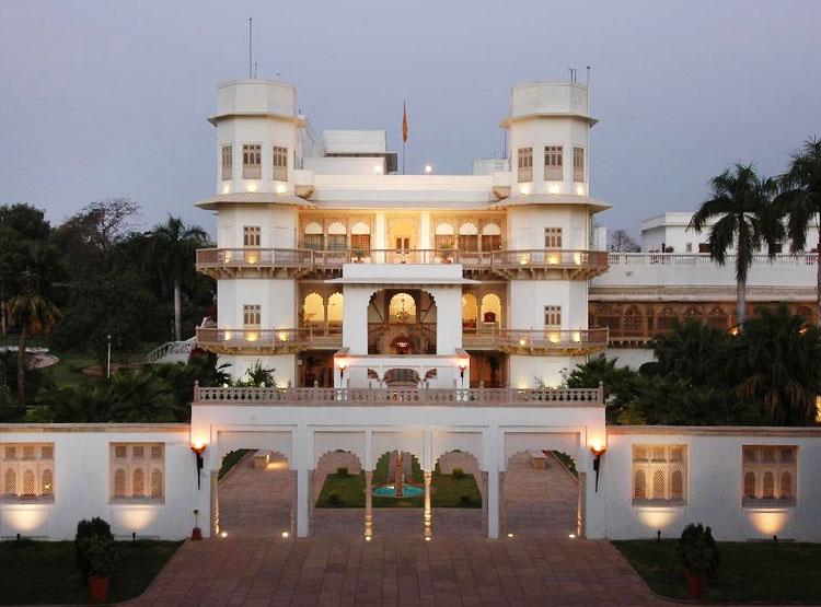 Usha Kiran Palace Heritage Hotel