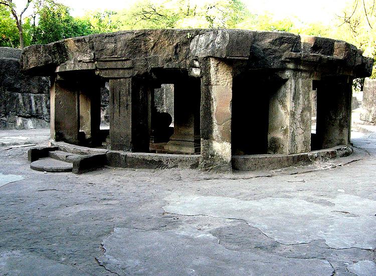 Pataleshwar Cave temple, Maharashtra