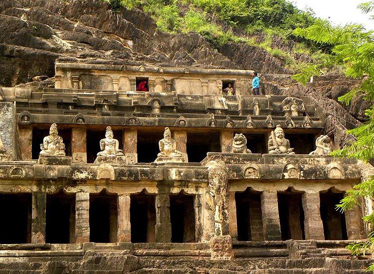 Undavalli and Mogalarajapuram Caves, Andhra Pradesh