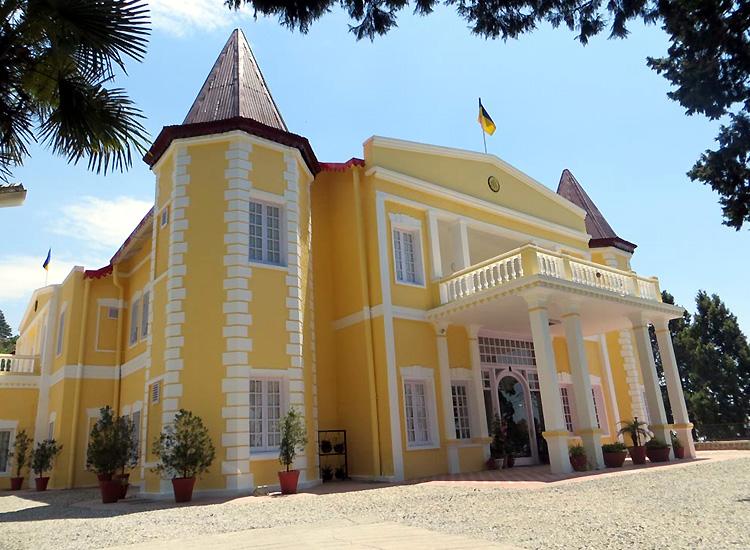 Kasmanda Palace in Mussoorie