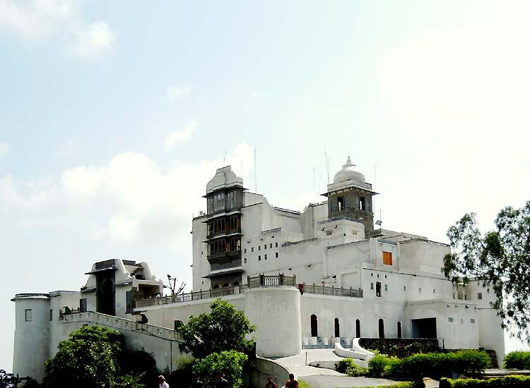 Saqjjangarh Palace, Udaipur