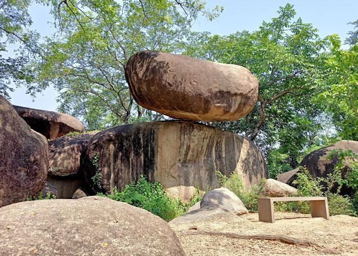 Balancing Rock in Jabalpur